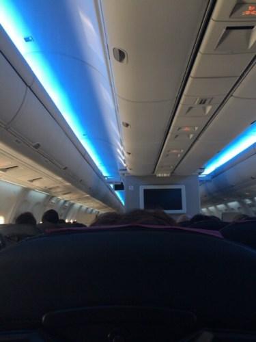 日本航空機内