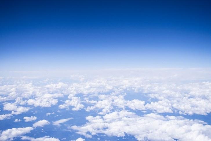 ANAプレミアムクラスから見た青空