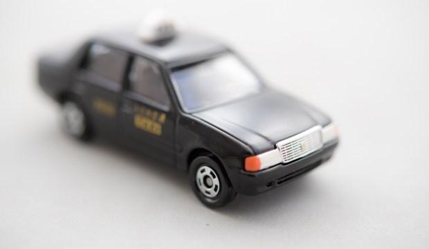 UBERの高級タクシー