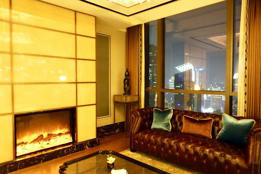 セントレジス上海静安の55階ラウンジ(ザ・クラブ)