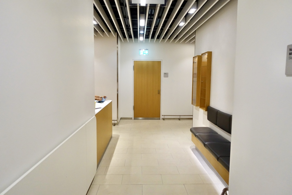 フランクフルト国際空港ルフトハンザセネターラウンジシャワー室