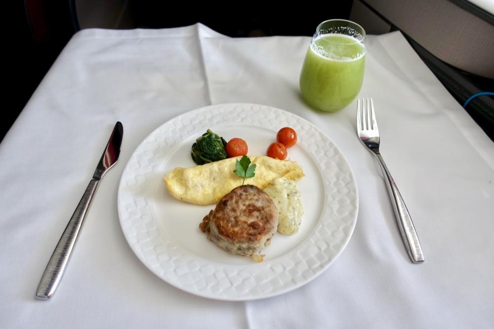カタール航空Qsuite機内食