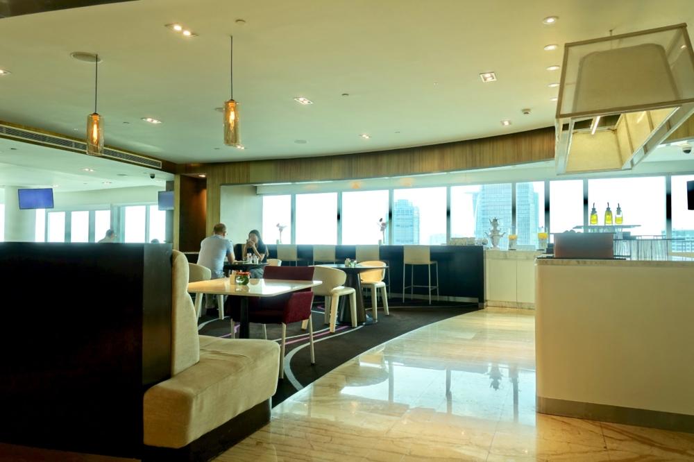 ルメリディアンサイゴン22階のクラブラウンジ内部の様子