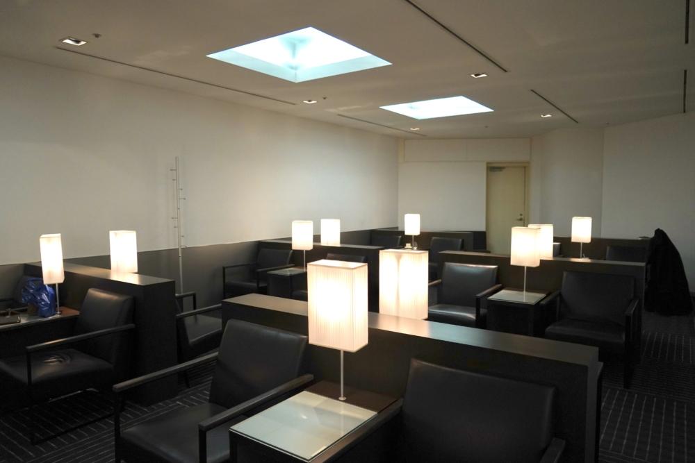 成田空港第4ターミナルANAラウンジの内部