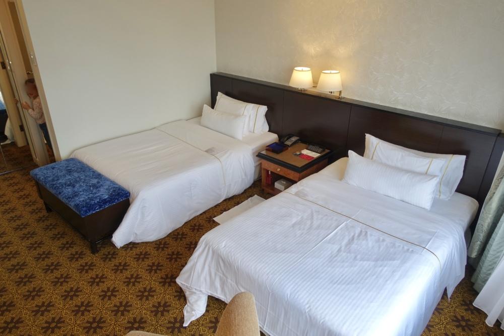 ウェスティンホテル大阪ジュニアスイートのベッド