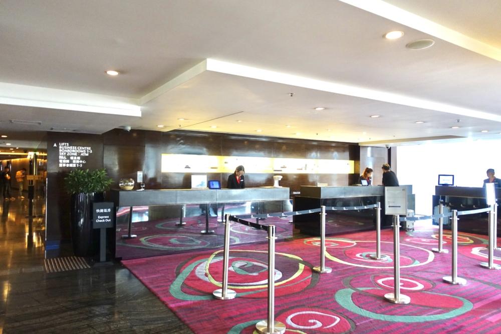 香港スカイシティ・マリオット・ホテルのロビー