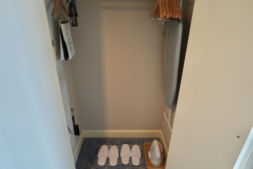 名古屋マリオットアソシアホテルの2910号室クローゼット