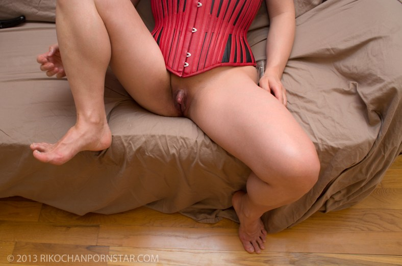 FBB Rikochan in red leather with huge erect clit.