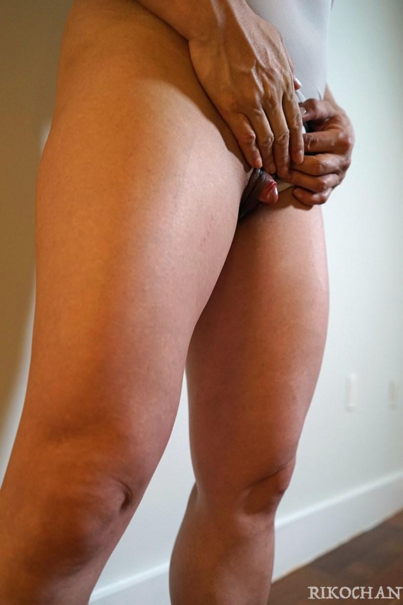 big leg woman, big clit