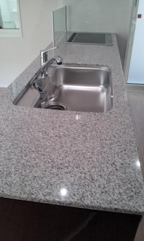 i-Smartオプションレビュー:キッチン 天然御影石一枚天板