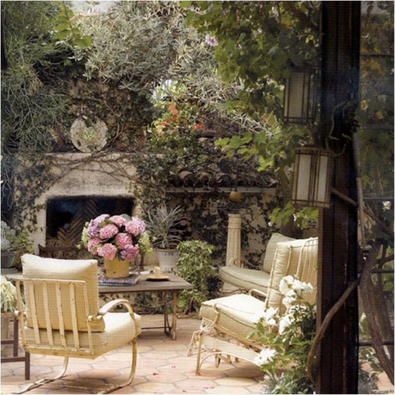 14 Romantic Backyard Patio Design Ideas - Rilane on Romantic Backyard Ideas id=32591
