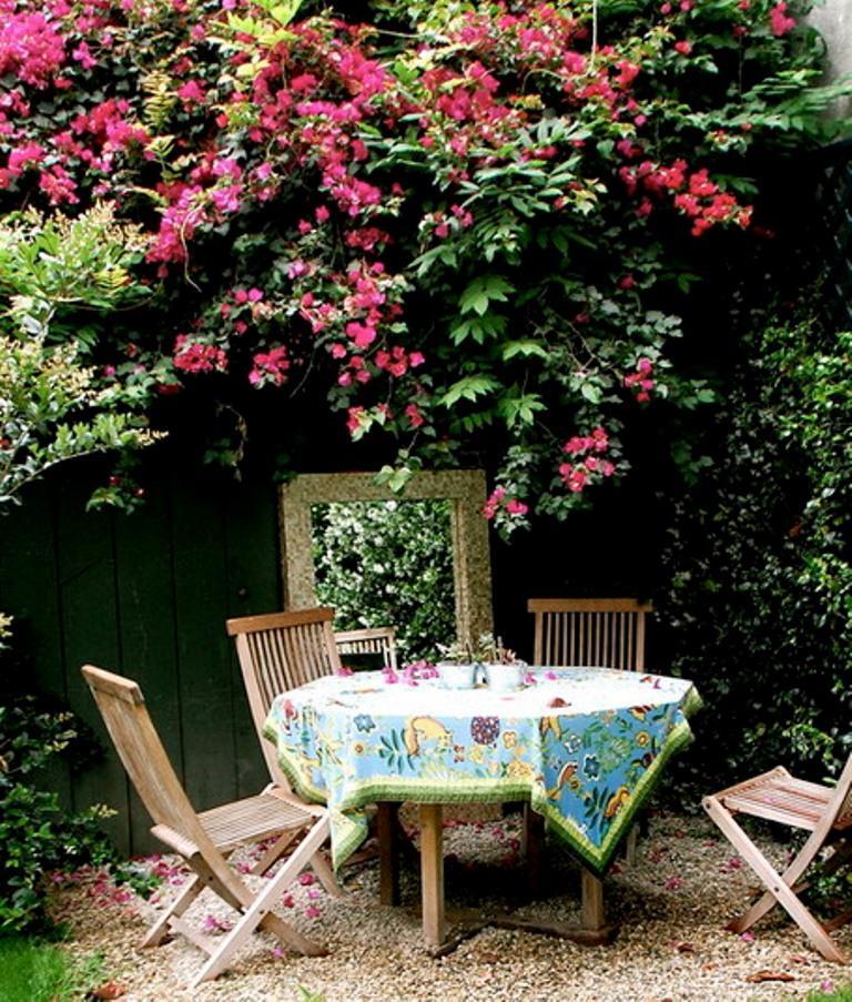 14 Romantic Backyard Patio Design Ideas - Rilane on Romantic Backyard Ideas id=93142