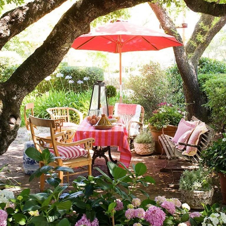 14 Romantic Backyard Patio Design Ideas - Rilane on Romantic Backyard Ideas id=43302