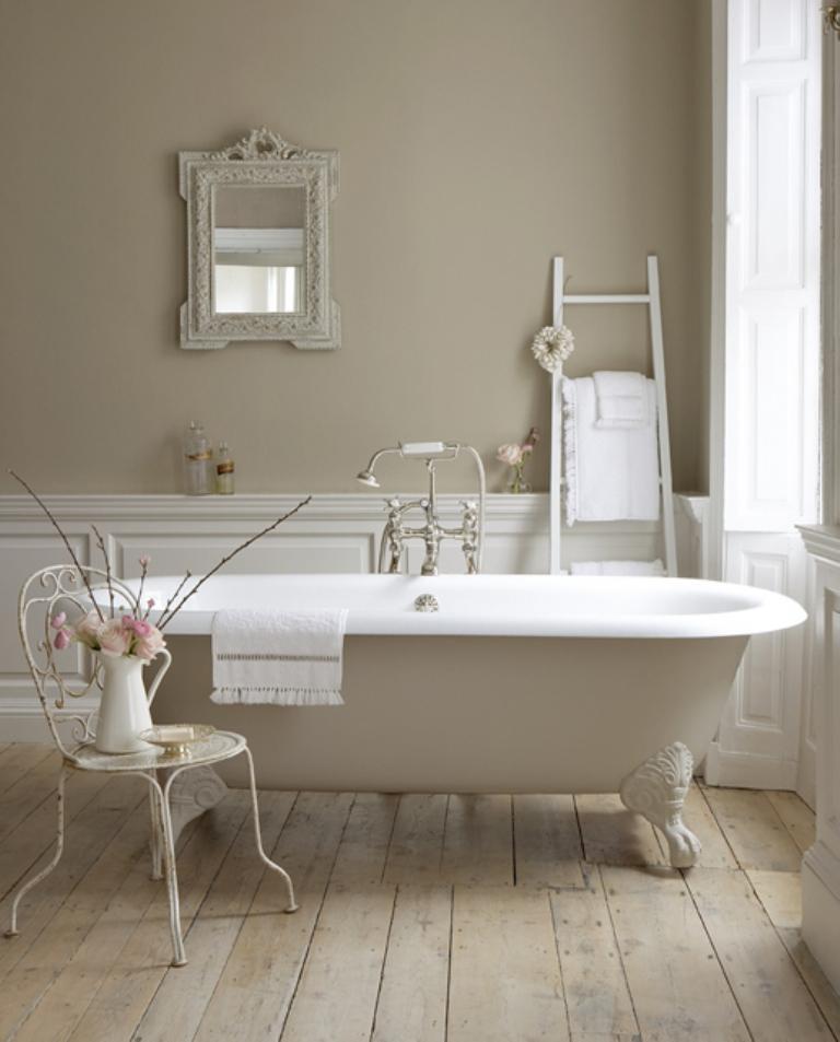 15 Charming French Country Bathroom Ideas - Rilane on Rural Bathroom  id=68777