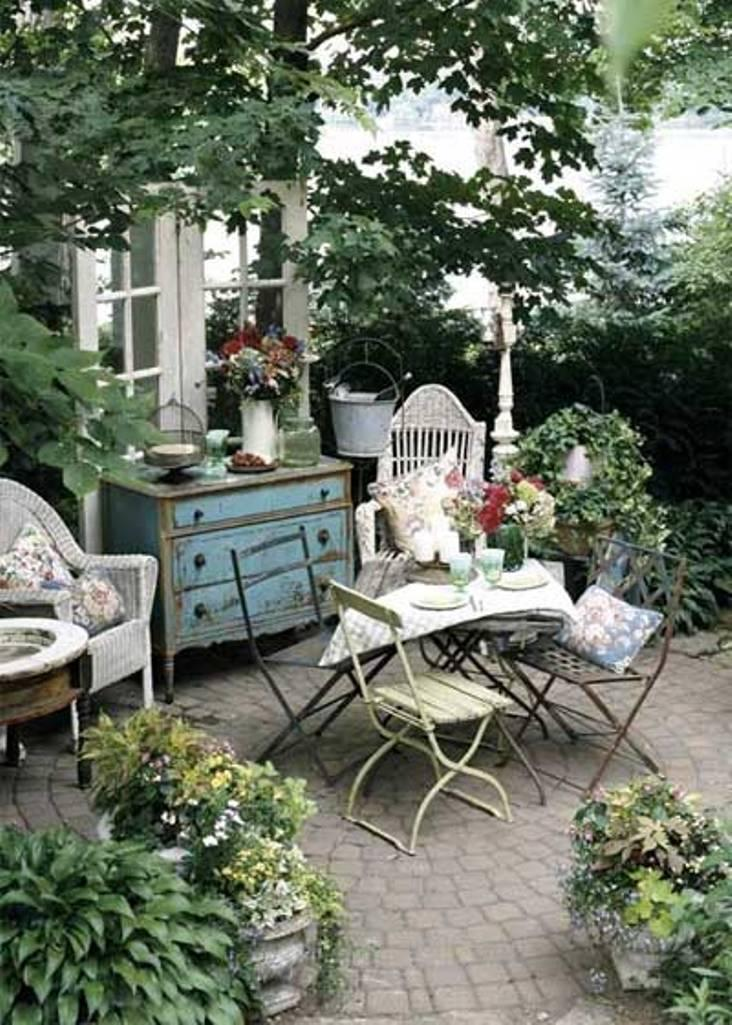 14 Romantic Backyard Patio Design Ideas - Rilane on Backyard Patio Layout id=44319
