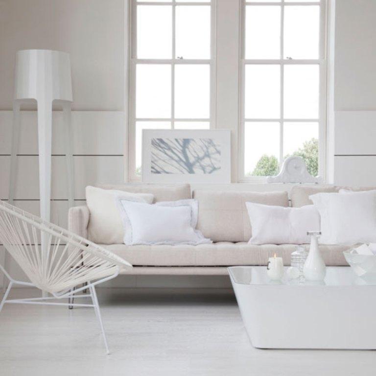 white neutral living room ideas