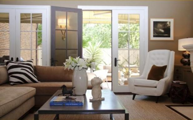 15 Cozy Living Rooms With French Doors And Windows Rilane