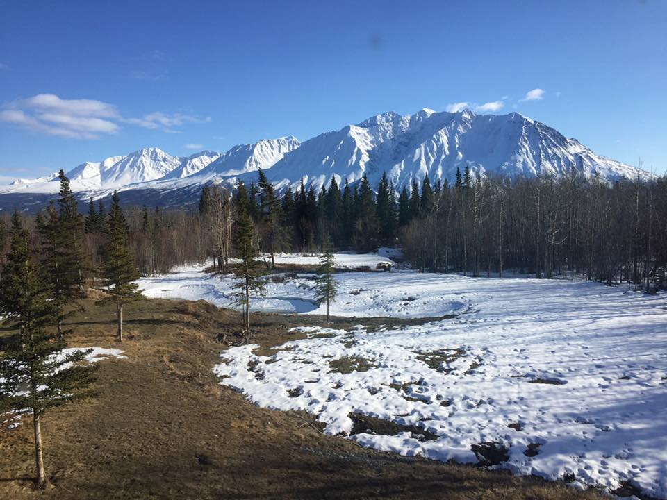 The mountain view over Kluane National Park from the Mount Logan Lodge