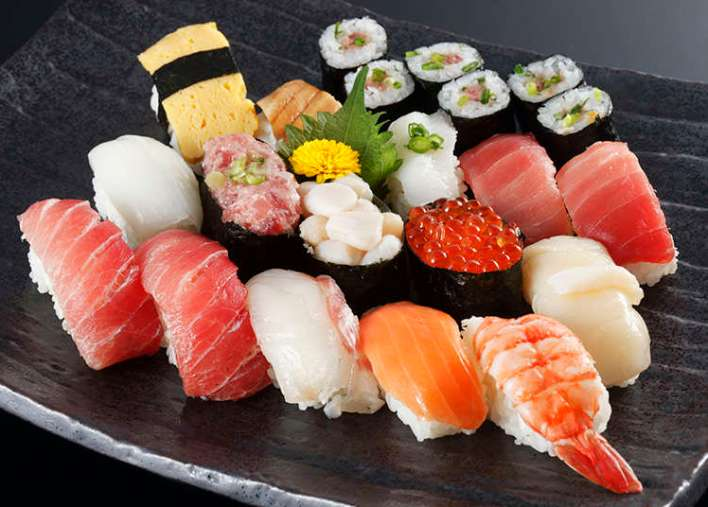 Japanese Traditional Cuisine: Sushi | LIVE JAPAN travel guide