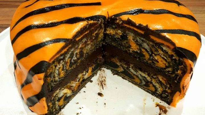Chocolate Orange Tiger Cake