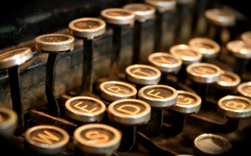 Juntar letras con más o menos arte
