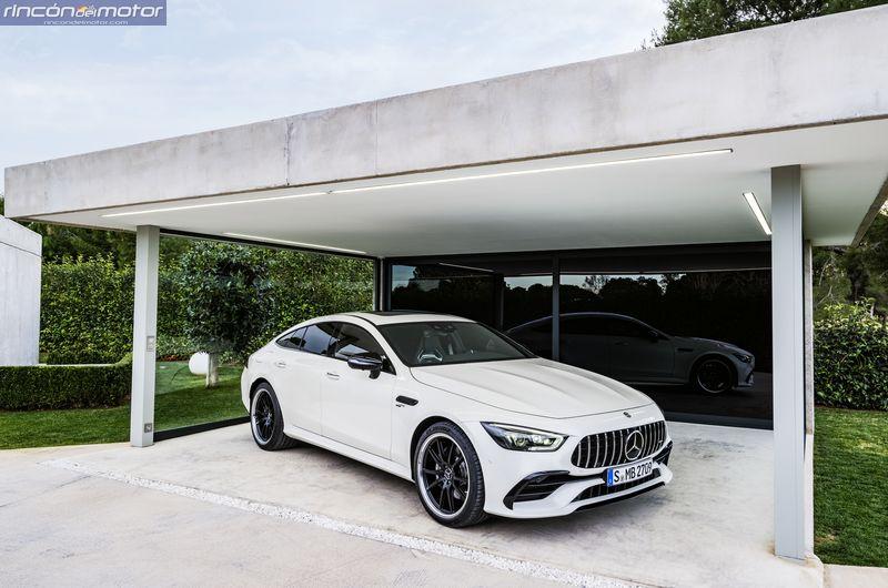 Mercedes-AMG-GT_4_puertas_set- 0803-11