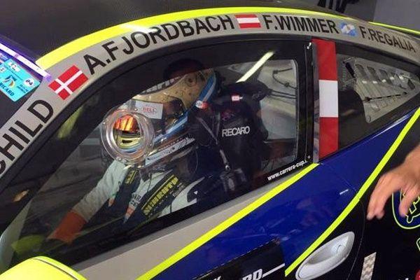 regalia Porsche 911 cup