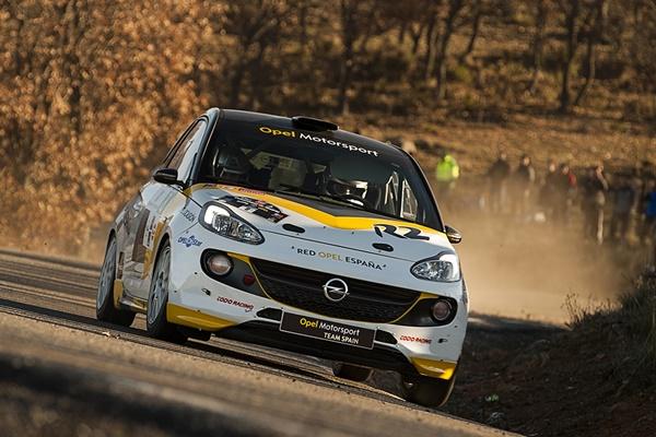 Vallin Opel Adam R2