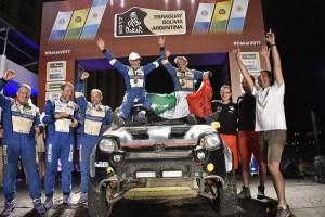 Un Panda casi de serie completa el Dakar 2017