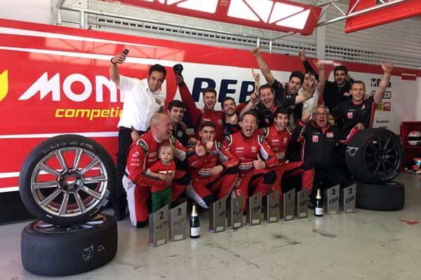 CER Monlau Repsol Cheste equipo trofeos