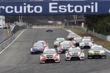 ► TCR: Triunfos de Patrick Cunha-Rafael Lobato y Francisco Mora en Estoril