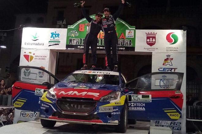 cohete suarez peugeot CERT Extremadura podio