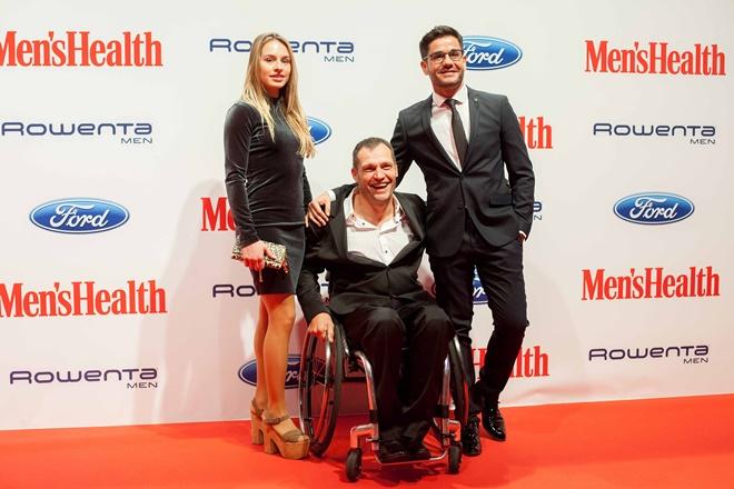 albert llovera premio hombre año 2017