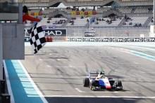 ► GP3: victoria de Dorian Boccolacci que cierra la temporada