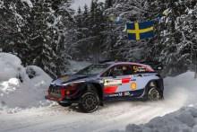 ► WRC: Neuville líder en Suecia a mitad de la primera etapa