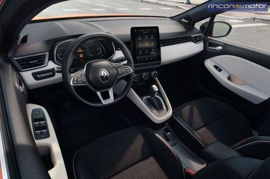 renault Clio 2019-08
