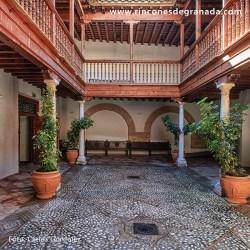 PALACIO DE LOS SEGURA Un claro ejemplo de palacio rural barroco.