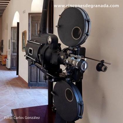 Proyector cinematográfico Ossa del Cine Imperial de Loja