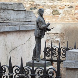MONUMENTO AL PINTOR APPERLEY