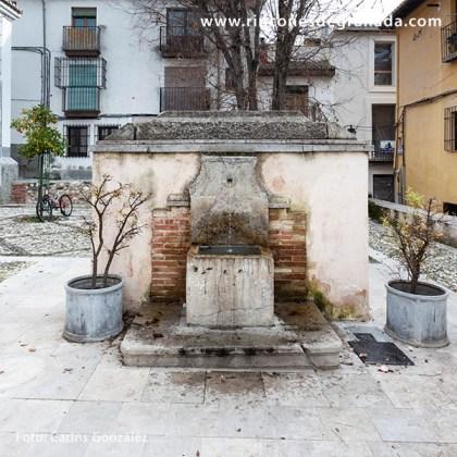 PILAR PLACETA DE LA GLORIA - MONUMENTO AL PINTOR APPERLEY