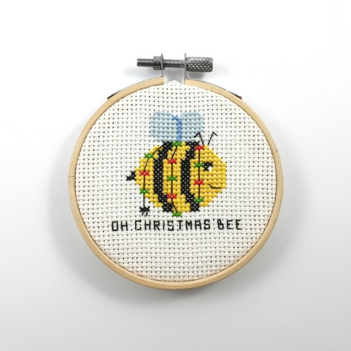 Oh Christmas bee cross stitch pdf pattern