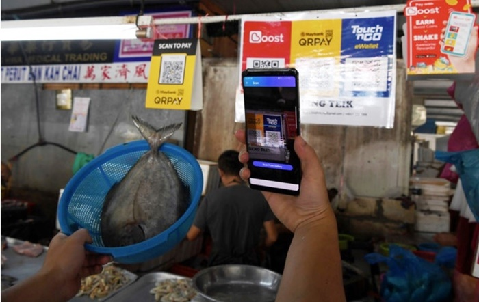 public market traders cashless payments