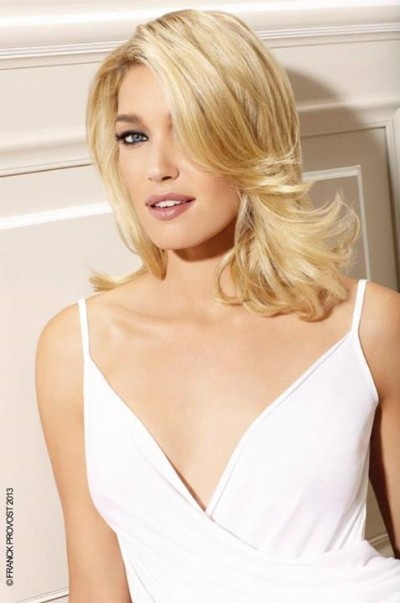 Formal & Elegant Medium Hairstyle