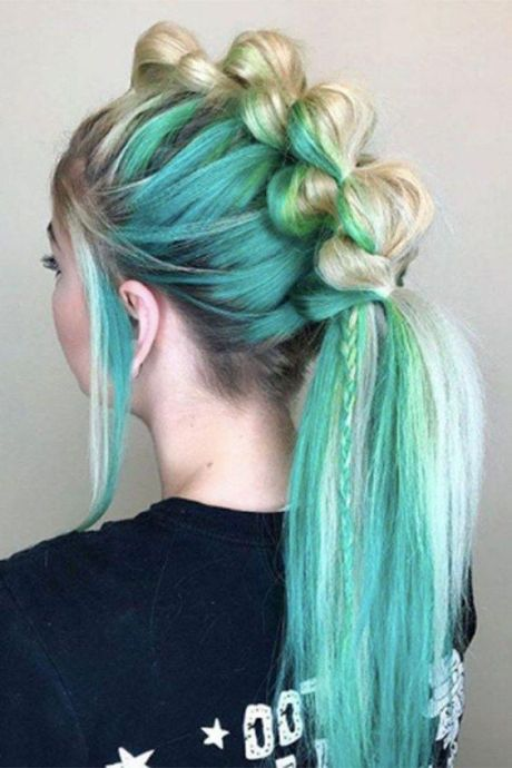 Mermaid Inspired Bubble Ponytail