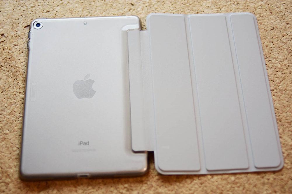 ESR iPad Mini 5 2019 ケースは背面もしっかりガード