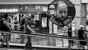 Look who we saw on the other escalator! Good example of tracking the subject, hey teach?! hahaa f/3.5 1/50s ISO 400