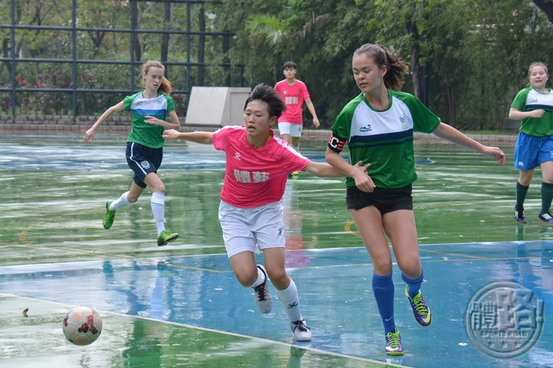 interschool_girls_football_semi_sfac_jctic_20160424-15