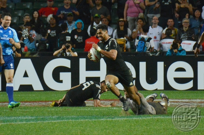 rugby7s_hk_cup_final_fiji_newzealand_20160410-17