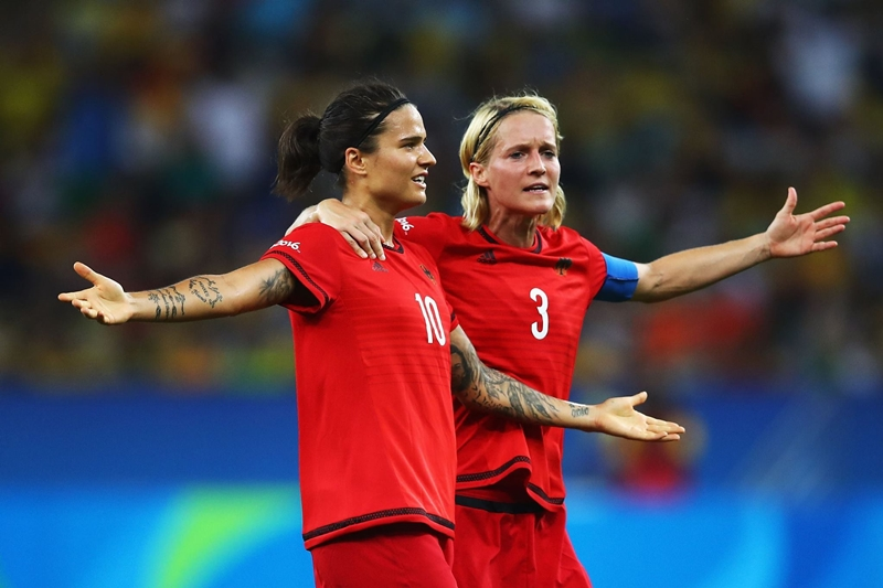 Rio2016_women_football_final_20160820-08