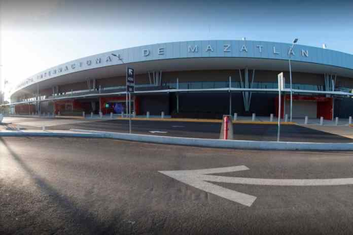 Demand for taxis at Mazatlan's airport drops 50% - The Mazatlán Post